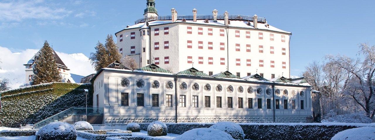Le château d'Ambras en hiver, © Innsbruck Tourismus/Christof Lackner