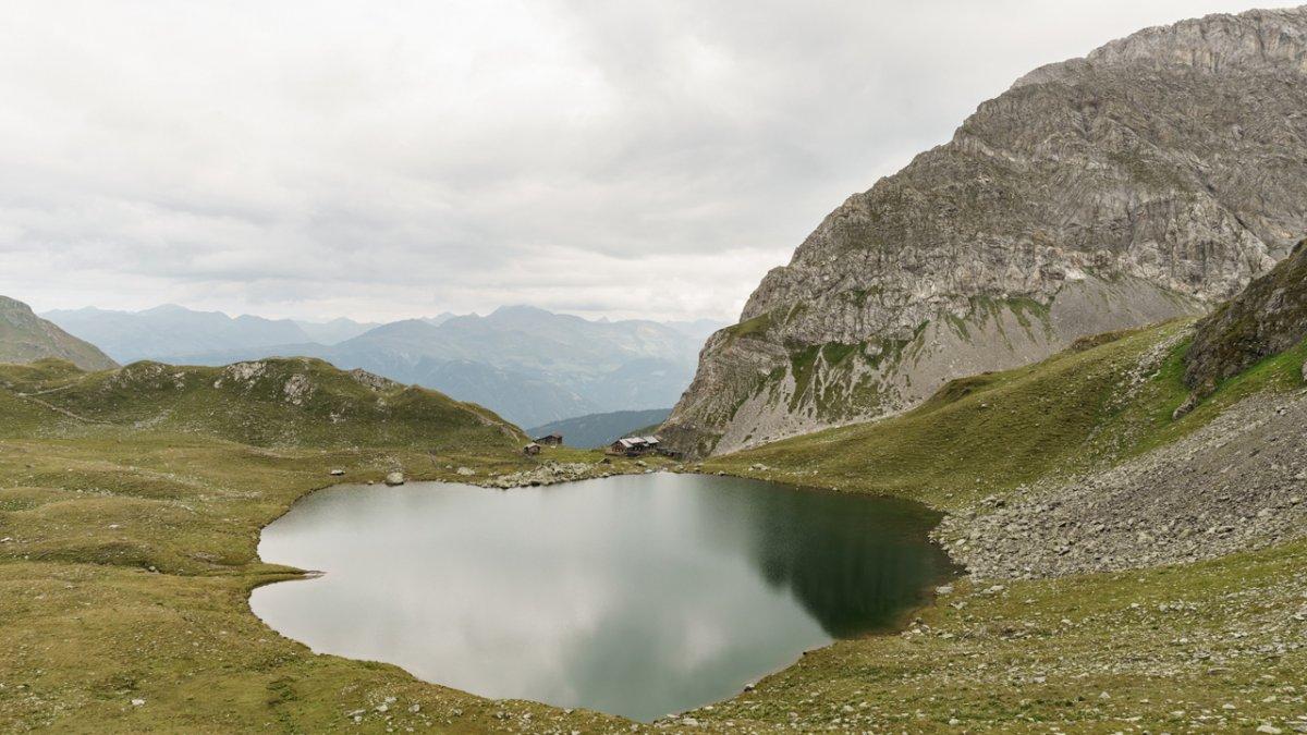 L'auberge Obstanserseehütte sur le Karnischer Höhenweg