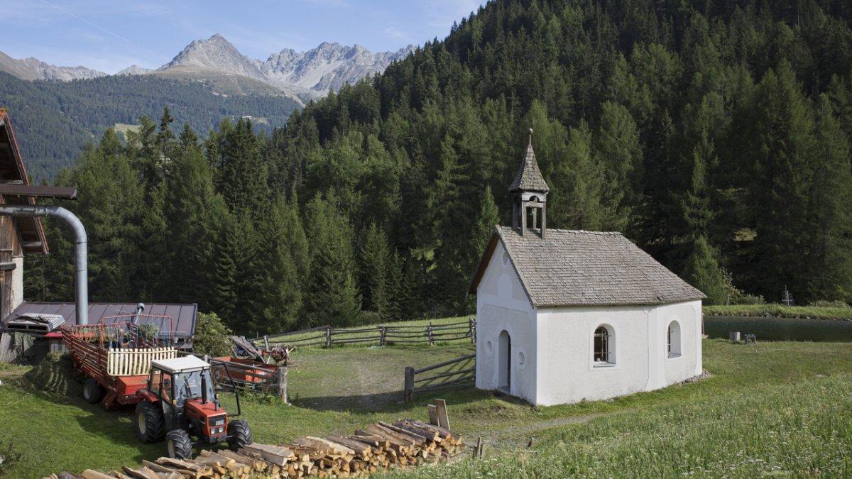 La chapelle date de 1690 et contient un maître-hôtel encore plus ancien, © Tirol Werbung/Lisa Hörterer