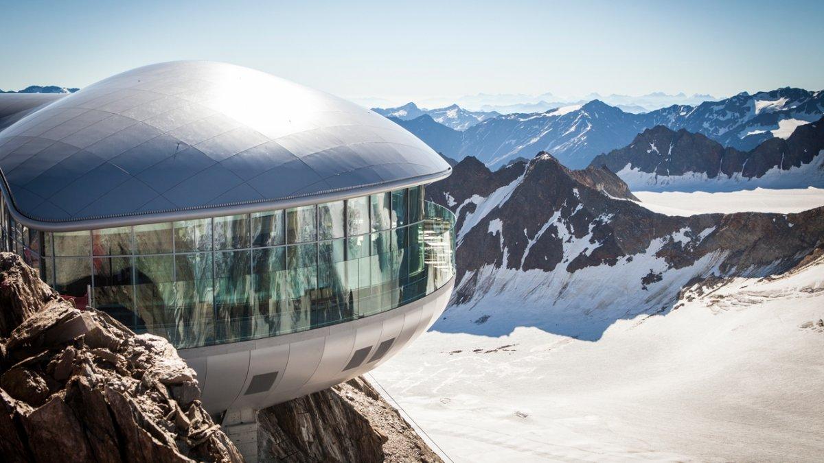 Café 3.440 sur le glacier de Pitztal, © Pitztaler Gletscherbahn