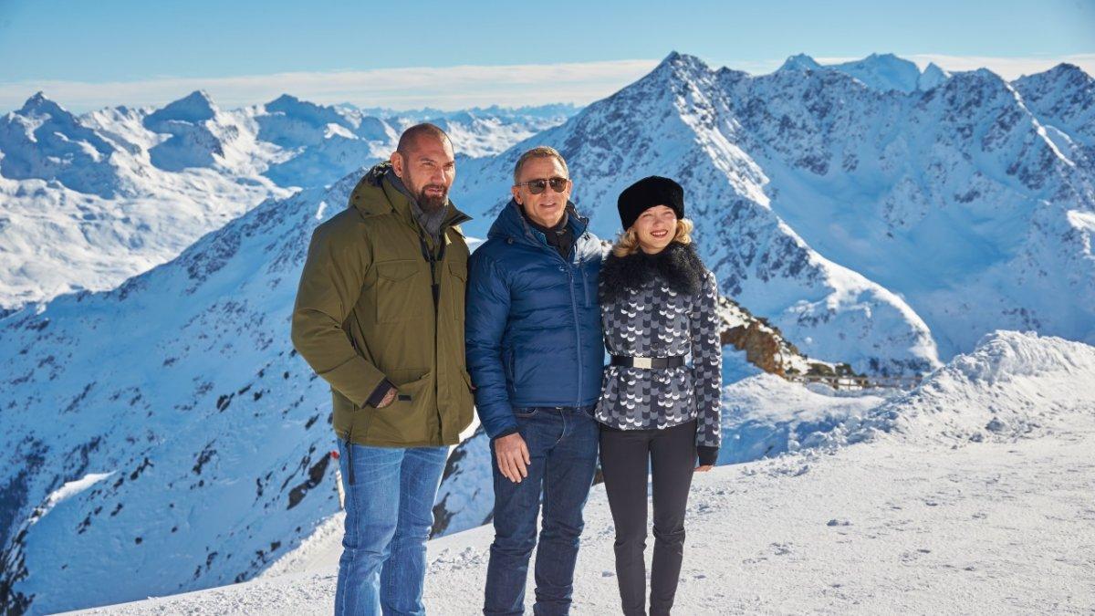 Daniel Craig, Léa Seydoux & Dave Batista, Sölden, © 2015 Columbia TriStar Marketing Group, Inc. and MGM Studios.