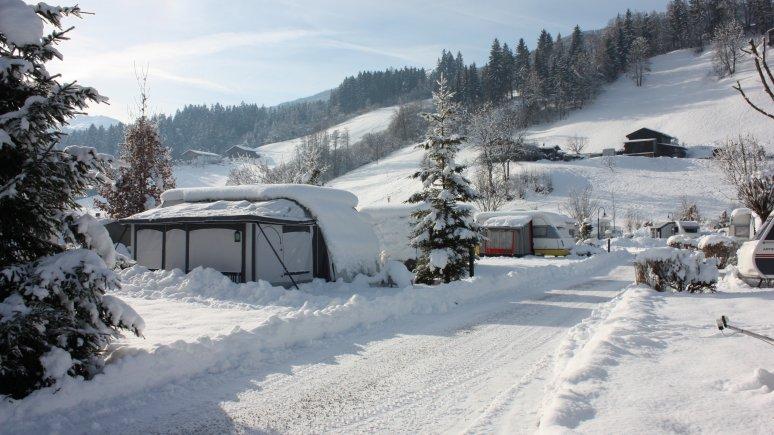 Camping dans la neige, © Hells Ferienresort Zillertal