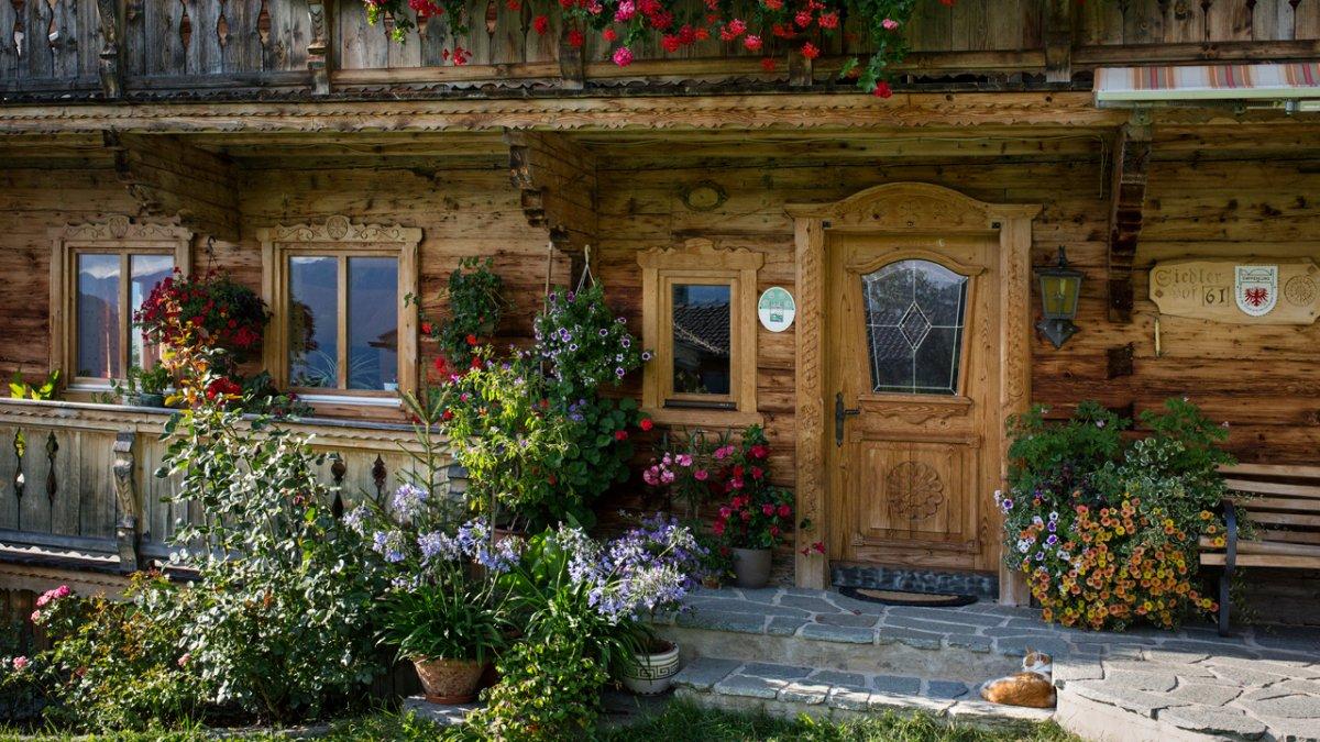 Une ferme typique de la vallée de Brixental du 19e siècle, © Tirol Werbung/Lisa Hörterer