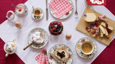 Petit-déjeuner tyrolien, © Tirol Werbung / Bert Heinzlmeier