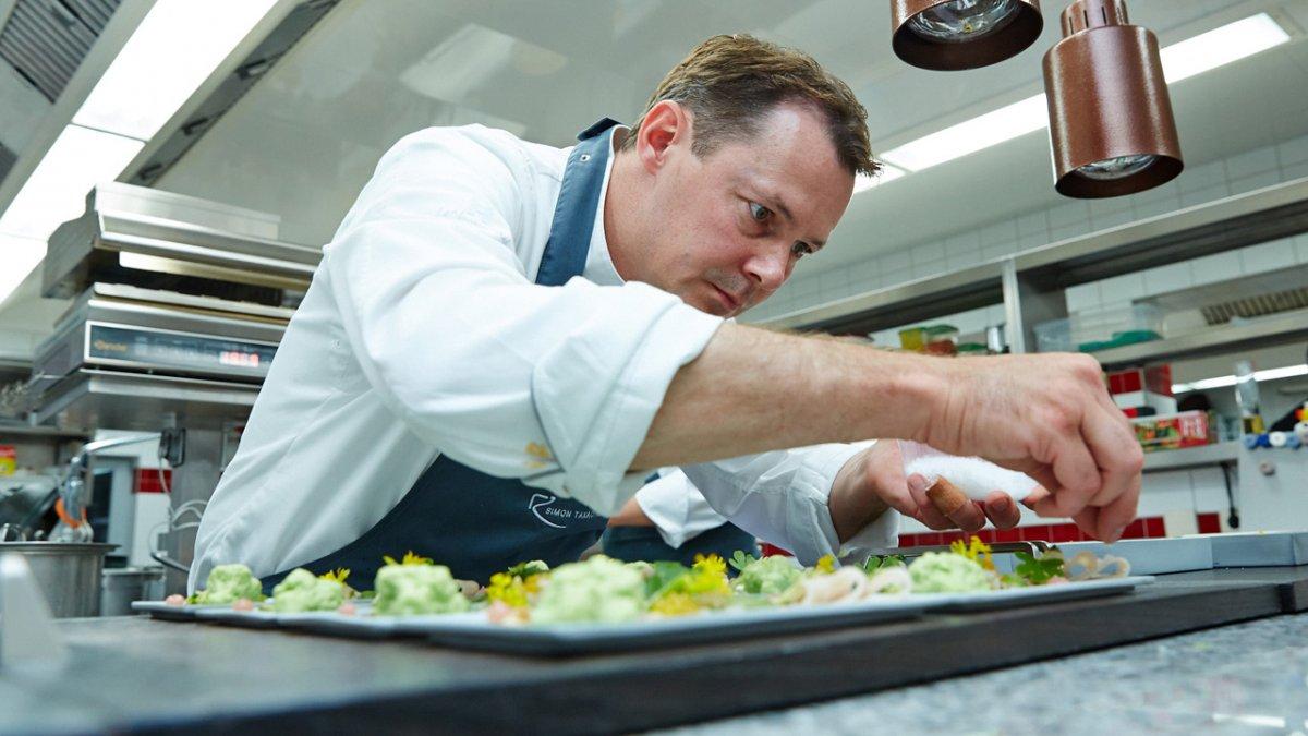 Le chef Simon Taxacher de Rosengarten à Kirchberg in Tirol, © Relais & châteaux Rosengarten
