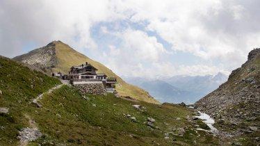 Une auberge d'altitude 5 étoiles à la situation exceptionnelle, © Tirol Werbung/Frank Bauer