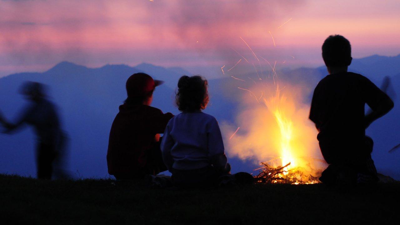 Les feux du solstice d'été sur le col Markbachjoch, © Wildschönau Tourismus/Tom Klingler