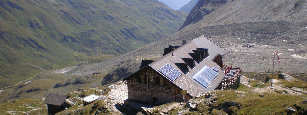 L'auberge de montagne Badener Hütte (étape O4 de la Voie de l'Aigle), © Badener Hütte