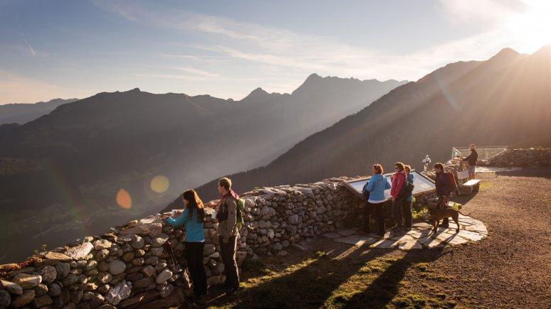 Lever de soleil sur le Plateau des Sycomores à Mayrhofen, © Mayrhofner Bergbahnen