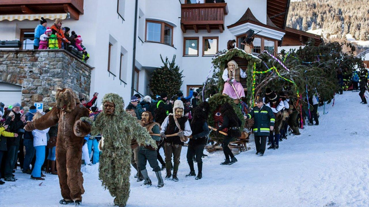 Le défilé du carnaval de Fiss, © Andreas Kirschner